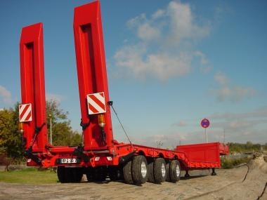3-axle low-bed-semi-trailer