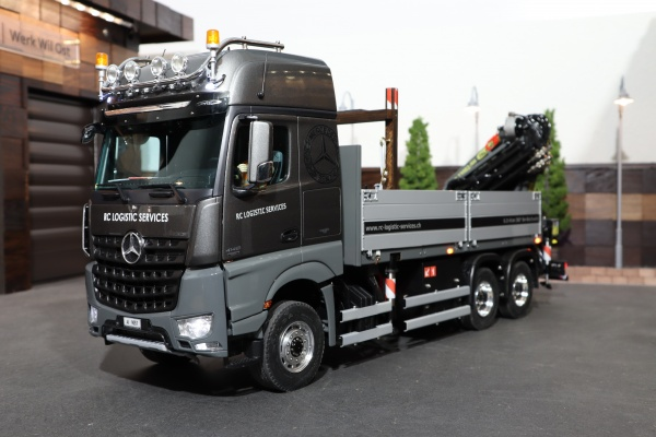 Mercedes Actros II 3-axle construction material train with PALFINGER rear loading crane