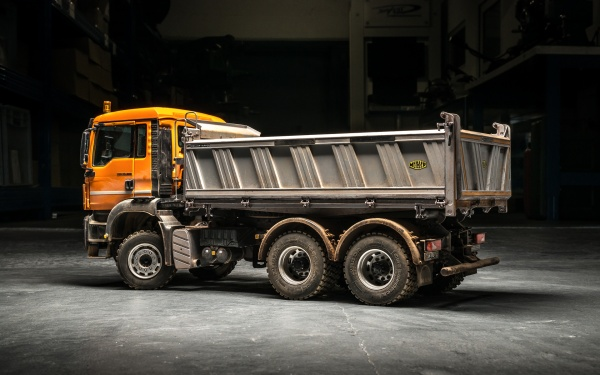MAN TGS 3-axle three-way tipper Euro 5 without all-wheel drive