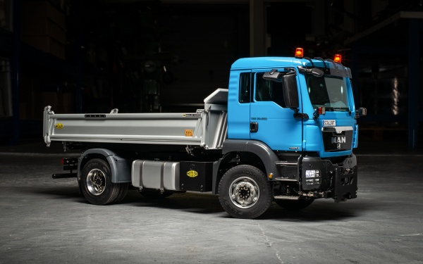 MAN TGS 2-axle three-way tipper Euro 5 with all-wheel drive