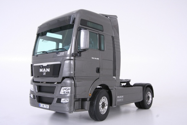 MAN TGX-XL or XXL 2-axle tractor unit Euro 5 without all-wheel drive