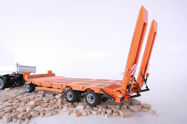 3-axle-low-bed-trailer kit without electric